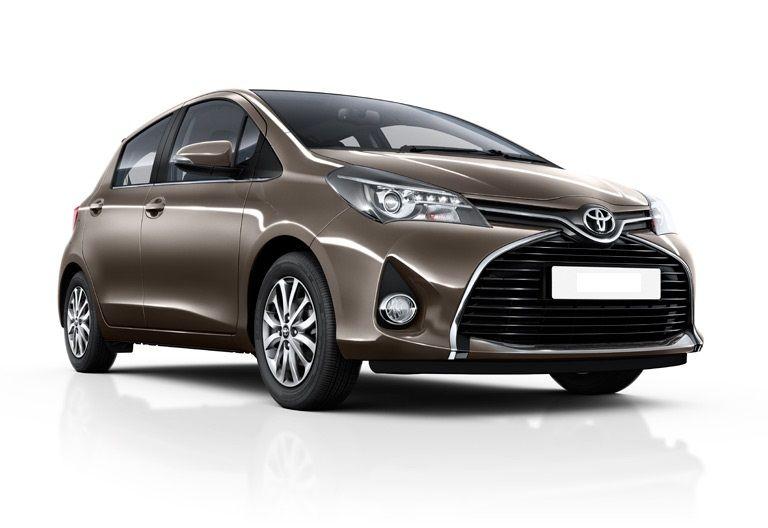 Toyota Yaris auto Kreta