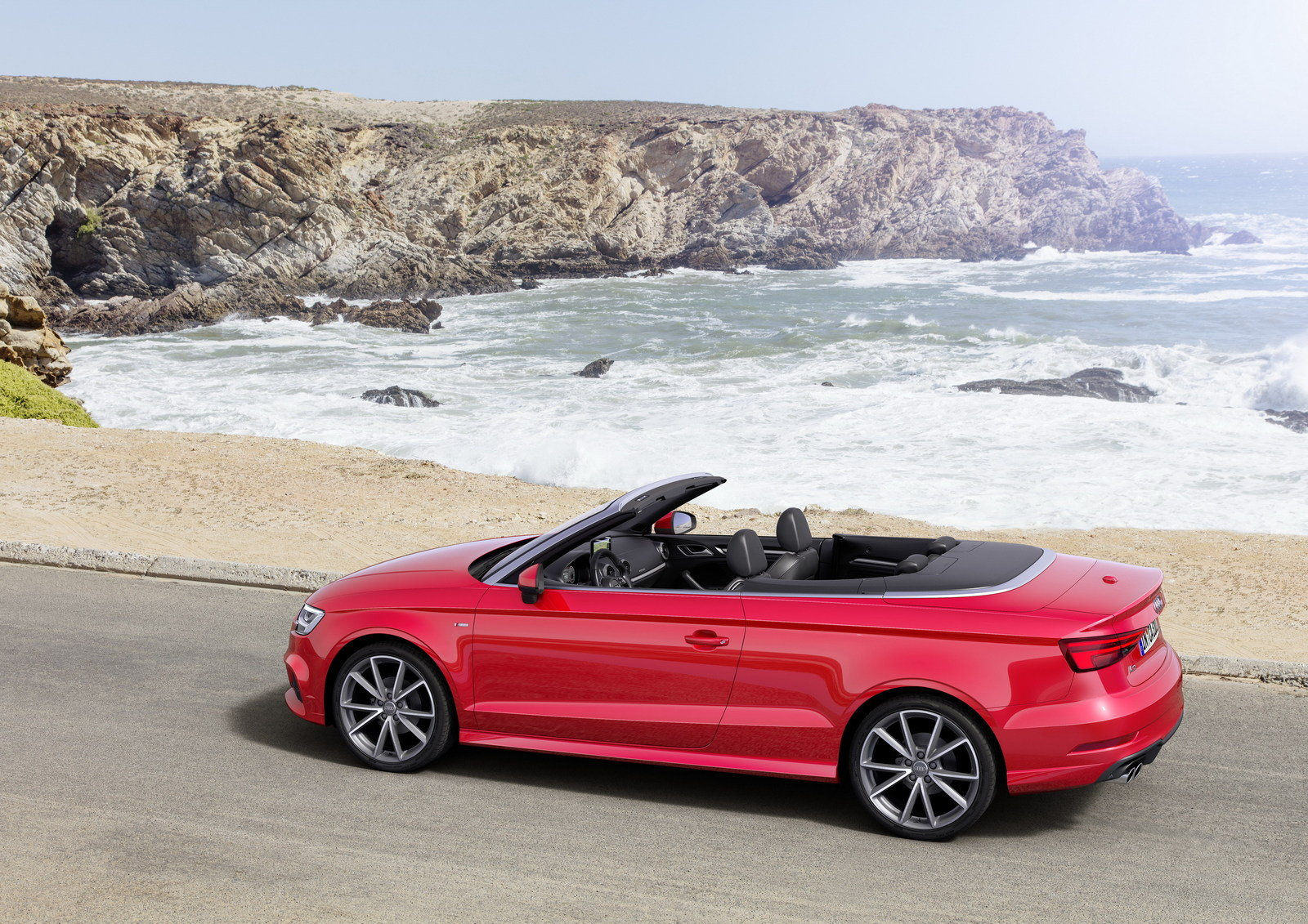 Audi 3 TSFI red auto Kreta